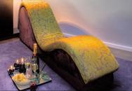 """Thực hư công dụng của """"chiếc ghế ma thuật"""" đang khiến hàng nghìn cặp tình nhân """"phát sốt"""""""