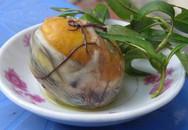 Điều nên và không nên khi ăn trứng vịt lộn