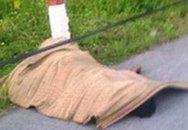 Chở xác người trên xe máy rồi đẩy xuống vệ đường ở Sài Gòn