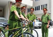 Đường phố Hà Nội thế nào sau một tháng công an tuần tra bằng xe đạp?