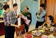 """""""Bỏ"""" MC Minh Hà, Chí Nhân đóng cặp với Huyền Lizzie"""