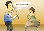 Hiệu trưởng phải xin lỗi vì khiến học sinh sợ, tè ra quần