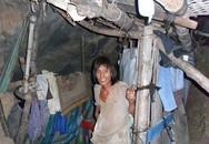Giận vợ ngoại tình, chồng bỏ nhà đào hang sinh sống