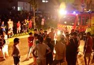 Chung cư bốc cháy lúc nửa đêm, 300 hộ dân tháo chạy