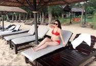 Á hậu Ngô Trà My khoe bụng bầu lớn khi mặc bikini