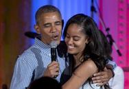 Tổng thống Obama hát mừng sinh nhật tuổi 18 của con gái