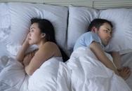 Vợ chẳng thiết tha chuyện ấy vì mải xem hoạt hình Nhật Bản