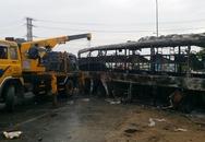 Tai nạn kinh hoàng, cháy rụi 2 xe khách giường nằm, ít nhất 12 người chết