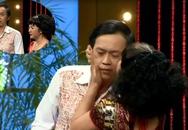 Thúy Nga hôn Hoài Linh tới tấp trên sân khấu