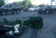 Ôtô đâm hàng loạt xe máy trên cầu vượt Nguyễn Chí Thanh
