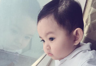Con trai Khánh Thi dù không cười vẫn xinh như thiên thần