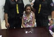 Hà Nội: Cô gái mang thuốc lắc hối lộ cảnh sát lúc nửa đêm