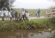 Phát hiện thi thể nam thanh niên cùng xe máy dưới ao làng