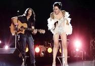Nữ ca sĩ ăn mặc phản cảm khi hát nhạc Trịnh đã lên tiếng