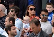 Bà xã đưa cả các con tới Pháp cổ vũ Rooney