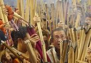 Dân Hong Kong nháo nhác vì thầy phong thủy phán năm Bính Thân