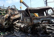 Tài xế và bé 3 tuổi tử vong trong ôtô cháy rụi