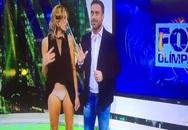 MC Argentina bị tốc váy trên truyền hình