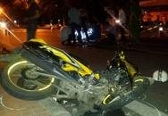 Xe máy đấu đầu trong đêm, 4 thanh niên thương vong
