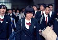 Hành động rơi nước mắt của nhà ga Nhật Bản với sĩ tử thi đại học
