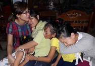 Nỗi đau gia đình có người thân tử nạn trên chuyến xe ở Lào
