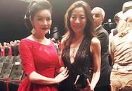 Lý Nhã Kỳ rạng rỡ gặp lại Dương Tử Quỳnh tại Cannes
