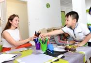 Con trai Thanh Thúy đi dạy học cùng mẹ  ở Czech