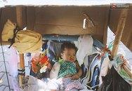 Bé gái 3 tháng tuổi nằm nôi theo bà ngoại rong ruổi khắp nơi bán vé số