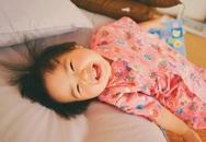 """Hình ảnh đáng yêu của cô bé """"thánh ăn"""" gây bão cộng đồng mạng"""