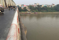 Bỏ lại hành lý, một phụ nữ nhảy xuống sông Hồng tự tử