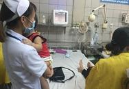 Bé trai 2 tuổi bị máy xay nghiến nát bàn tay