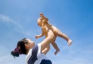 6 sai lầm khi tắm nắng cho trẻ cần tránh