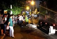 TP.HCM: Xe máy đối đầu ôtô tải ở Sài Gòn, nam sinh chết thảm