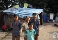 Chồng bỏ đi mặc vợ một mình nuôi ba người con, nương thân ở nghĩa địa lớn nhất Sài Gòn