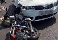 Ôtô đâm 4 xe máy trên cầu Vĩnh Tuy, nhiều người bị thương
