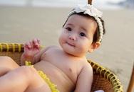 HH Hà Kiều Anh khoe con gái 5 tháng tuổi bụ bẫm đáng yêu