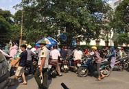Vì sao Bệnh viện Bạch Mai tạm đóng cửa bãi giữ xe máy?