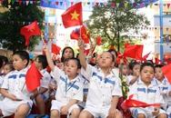 Hà Nội: Lo mưa, tắc đường ngày khai giảng