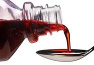 Sai lầm phổ biến của các bà mẹ  khi cho trẻ uống sirô ho