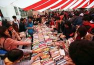 Hấp dẫn với Chợ phiên sách cũ Hà Nội