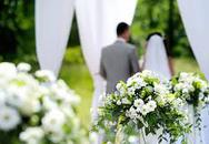 Cô dâu chú rể yêu cầu khách mời chuyển khoản trước tiền mừng cưới