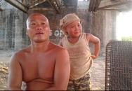"""Dị nhân trần truồng ở bãi giữa sông Hồng: """"Sướng nhất ở đời là bỏ quần áo ra!"""""""