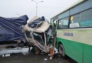 Xe tải đâm xe bus, cửa ngõ Sài Gòn tắc suốt 2 giờ