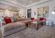 """Những mẫu bàn vuông khiến phòng khách nhà bạn """"nổi bần bật"""""""