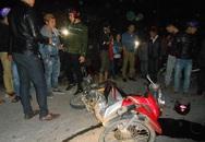 Xe máy đâm nhau, 4 người bị thương nặng
