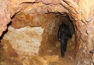 Bí thư huyện nói gì khi đào hầm rượu xuyên núi?