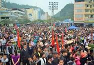 Hàng nghìn du khách về dự ngày hội Cát Bà Xanh