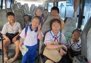 Thót tim tìm kiếm 4 bé gái lên xe bus rồi thất lạc