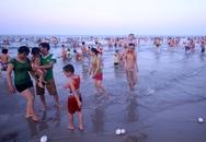 Xả rác tại các bãi biển Đà Nẵng bị xử phạt mạnh