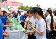 Thi THPT Quốc gia: Phụ huynh cũng được ăn cơm miễn phí
